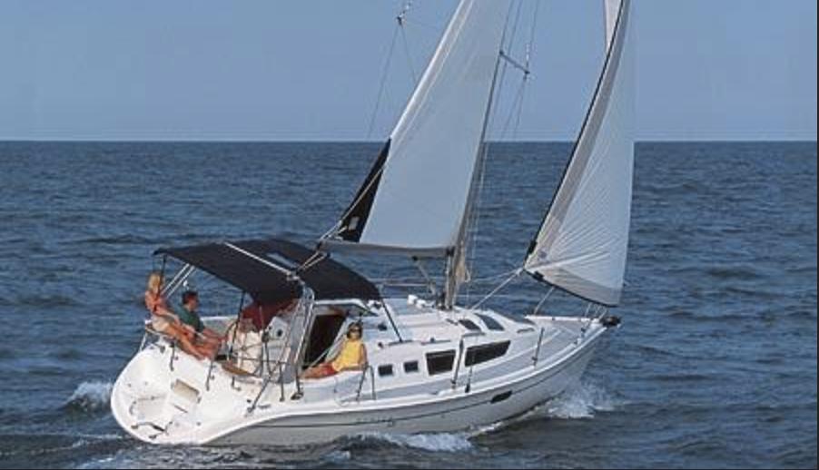 Sailboat - 32 ft Hunter 326