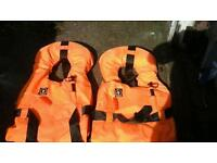 2×life jackets for sale