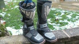 Kids motorcycle boots.