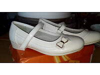 Girls White Shoes size 11