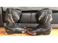 RST tractech evo motorcycle boots size 7