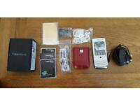 Blackberry Torch 9800 White
