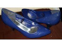 E-vie Courts Shoes