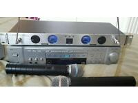 AWF KARAOKE MUTI DISC PLAYER TWIN MICROPHONES 200+ DISCS