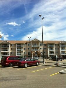Beautiful condo with AC in Stony Plain-incredible view ! Age 18+