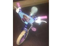 Frozen kids bike with stabilisers