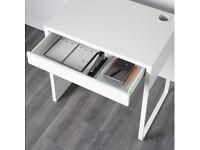 White Desk £30