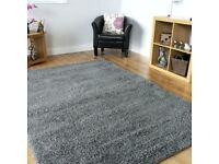Grey rug from Ikea
