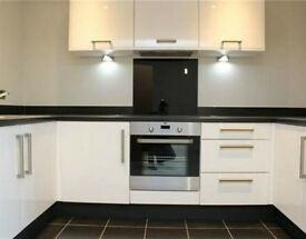 Newly Refurbished 1 bedroom flat *** only 185 p/w *** Just 2 min to station