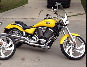 REDUCED  MINT CONDITION!!! 2005 Victory Vegas Cruiser Motorcycle