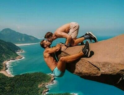 Shirtless Male Muscular Hunks Outdoor Rock Kissing Gay Interest PHOTO 4X6 - Kissing Photos