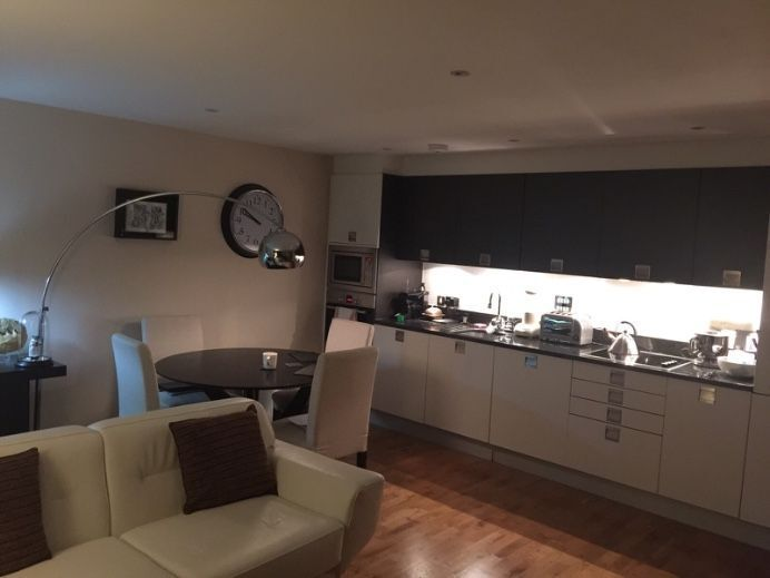1 bed available only £340pw!