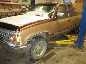 parting 1990 chevy 4x4 5 speed manual