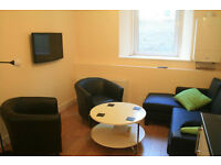 CITY CENTRE ROOM AVAILABLE TO RENT WITH OWN EN SUITE