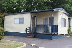 Tourist Accomodation Cabins Fyshwick South Canberra Preview