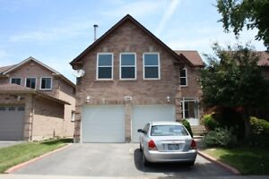 Ajax 4+1 big house with sep basement  for rent only $2400