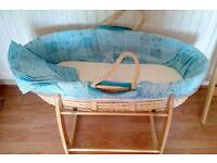 Moses basket & 2 stands
