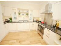Large 3 Double Bedroom Furnished Flat for Rent in New Town - £1480pm
