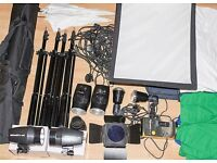 PHOTOGRAPHY STUDIO PORTRAIT KIT, everything you need to get started!