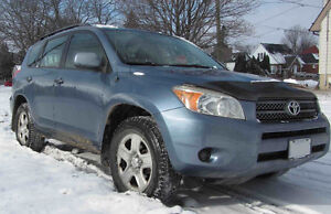 2006 Toyota RAV4 (4x4) low miles with Protection plan