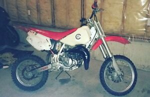 2001 Cr80 (Needs New Top End)
