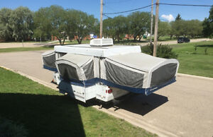2006 Fleetwood Bayside tent trailer *Air Conditioning*