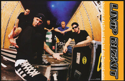 LOT OF 2 POSTERS:MUSIC: LIMP BIZKIT -  SNEAKERS - FREE SHIPPING ! #6211   RC15 J