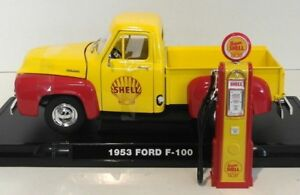 1/18 diecast Greenlight 1953 Ford F-100 & Shell Gas Pump new