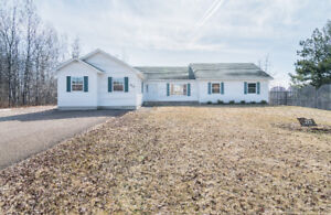 717 DOVER RD., DIEPPE..BUNGALOW- HOME OCCUPATION - 1.7 ACRES
