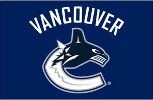 VANCOUVER CANUCKS ** 2017/18 Regular Season Games! CORNER SEATS!
