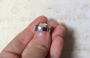 SOLID 14K WHITE GOLD WIDE BAND RING West Island Greater Montréal image 2