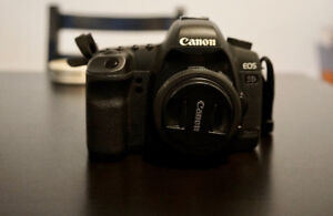 Canon 5D mkII w/40mm 2.8, CF, and camera bag included