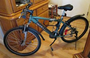 Bicyclette MountainBike pour Adulte