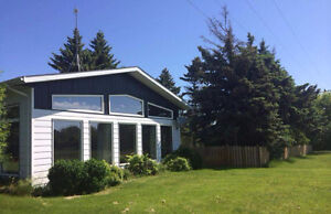 Acreage/hobby farm in Virden