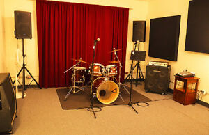 Music rehearsal spaces for rent on Spacefy.
