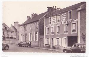 Bonjour je recherche macarons cartes postales de Trois-Rivières