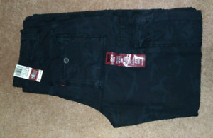 Levi's Loose Straight Pant 33x32 brand new