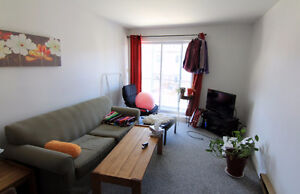 CONDO-APARTMENT 2 BEDROOM WELL SITUATED IN HULL (JUNE/JUIN $785)