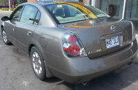 2005 Nissan Altima - Low KM, Chrome, Toyo Tires, Remote Start