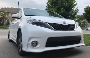 Selling 2016 Toyota Sienna SE Minivan or Financing Take Over!
