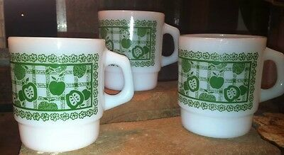 Lot Three MINT Vintage Fire King D Handle Granny Smith Green Apple Stacking Mug