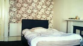 Large double bedroom available 1 sept ideally female