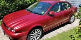 Jaguar X Type 2007 2.0d Diesel 68000 miles. Cat D. Jaguar service history.