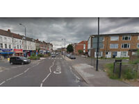 Furnished 3 bed flat available in Harlesden, Housing Benefit and DSS accepted.
