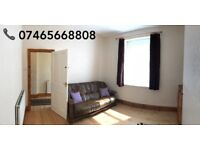 Recently Refurbished Room in 3BR House - May Street (CATHAYS) - Brilliant Location
