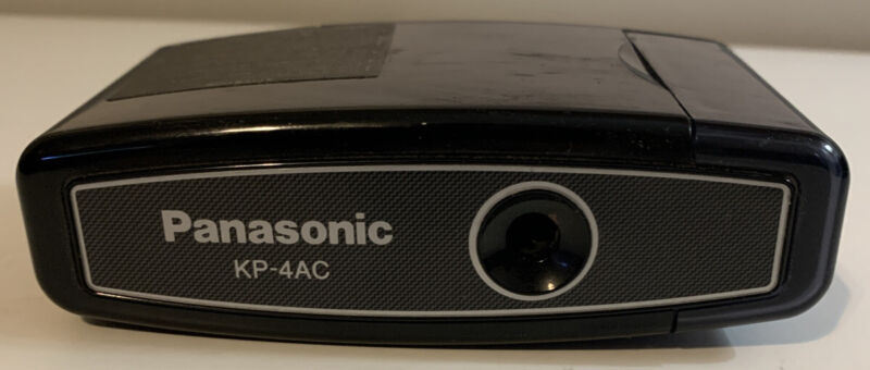 Vintage Panasonic KP-4AC Battery Operated Pencil Sharpener Tested Works