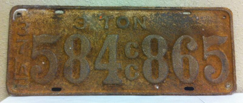 1937 LOUISIANA Vintage CC (For Hire) 3-Ton License Plate (584 865)