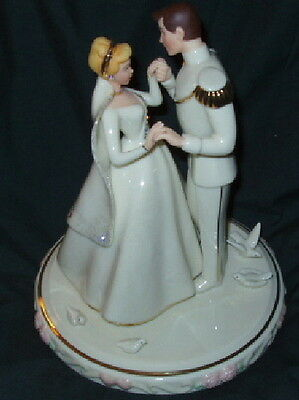 Lenox Disney CINDERELLA's WEDDING DAY CAKE TOPPER with Prince Charming NIB