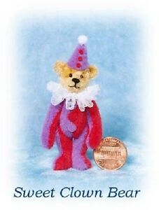 Emily-Farmer-1904-Clown-Bear-KIT-to-sew-miniature-artist