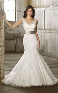 Essence of Australia Wedding Dress size 4-6